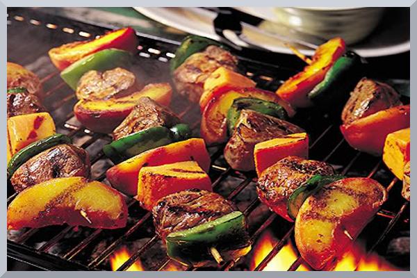 Personal Gourmet Filet Mignon Kabobs with Veggies
